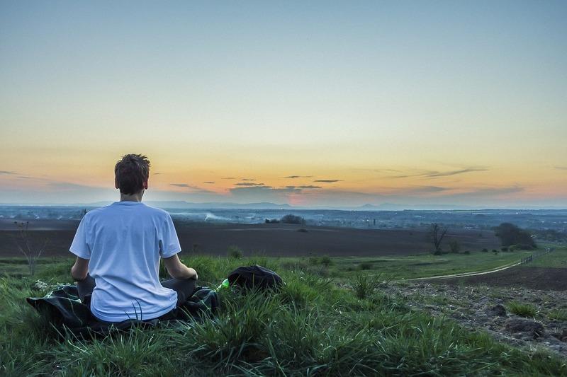Yoga, una soluzione per chi soffre di colon irritabile
