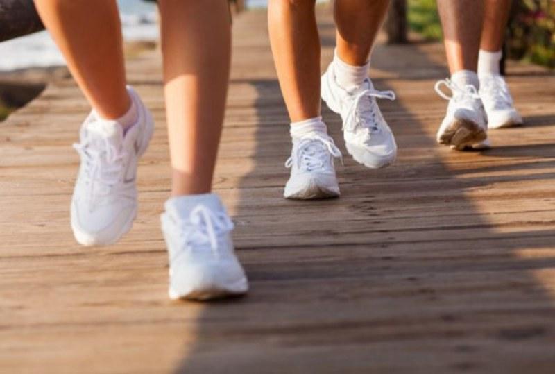 I consigli per bruciare più calorie quando si cammina