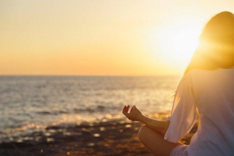 Meditare 10 minuti al giorno fa bene, ecco perché